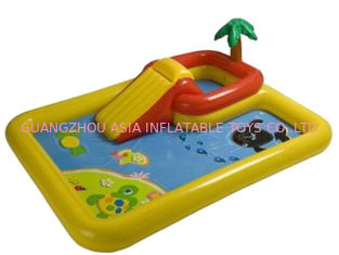 Chine Hotsale badine le centre gonflable de piscine avec le cercle de basket-ball usine